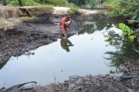 Shell Sued in U.K. Over Massive 2008 Nigerian Oil Spills