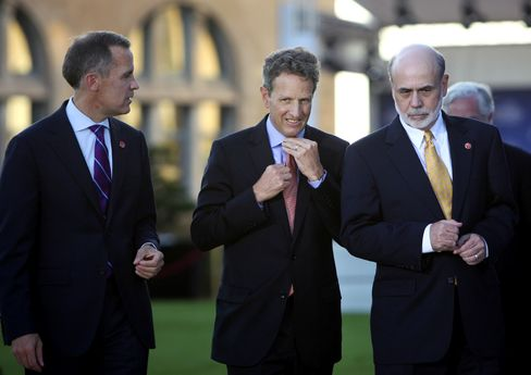 Geithner Says Europe Committed to Avoid a 'Lehman Brothers'