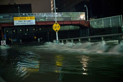 European Stock-Index Futures Little Changed as Sandy Hits U.S.