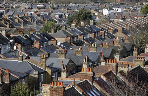 U.K. Home Prices Rose for Second Month in December, Halifax Says