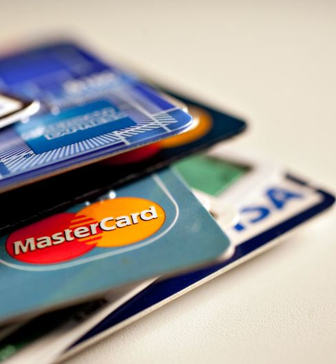 Consumer Bureau Said to Plan Simplified Credit-Card Form