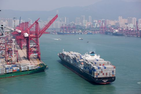 Maersk Wants Hong Kong to Ban Dirty Ship Fuel to Fight Pollution