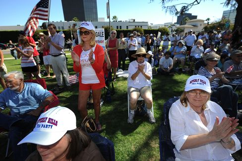 Tea Party Economic Gloom Fuels Republican Momentum, Poll