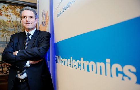 STMicroelectronics Predicts Sales Trailing Analyst Estimates