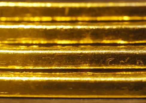 Gold Seen Heading for 12th Annual Advance