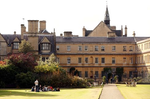 Yale Man at Oxford Fights 78% Funding Cut