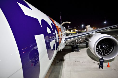 FedEx 2012 Profit May Top Estimates as Shipping Demand Gains