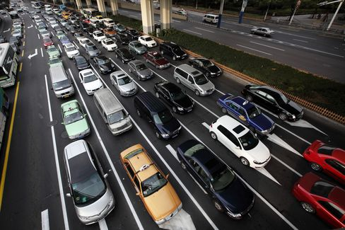 Foreign Automakers To Step Up Investment In China
