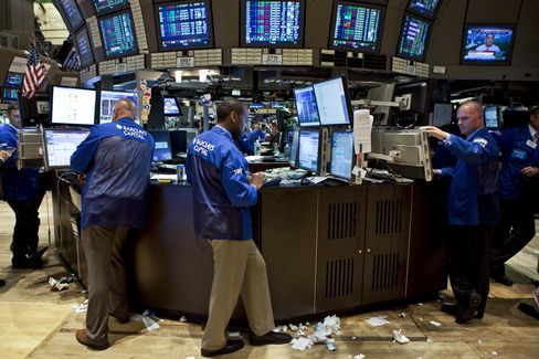 Hedge Funds Slid 1.9% in October as Global Stocks Declined