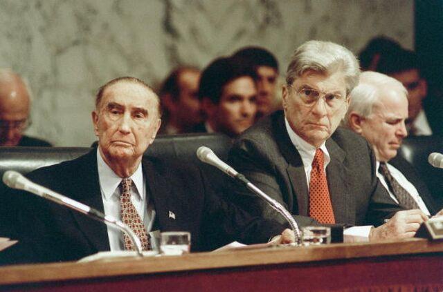 Ol' Strom was a Democrat. Then a Republican.