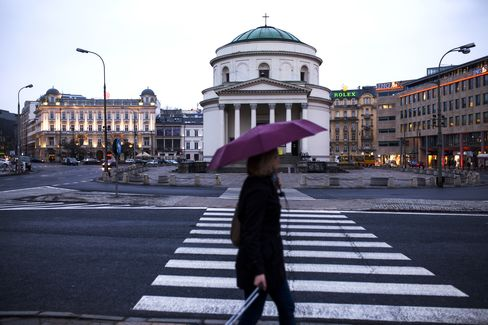 Draghi to Clear Path for Belka as PineBridge Buys