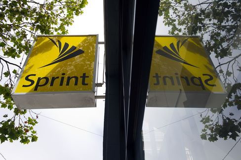 Softbank Agrees to Buy 70% Sprint Stake in $20.1 Billion Deal