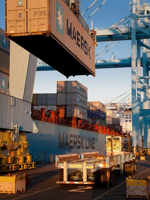 Maersk Gaining as U.S. Imports Most Boxes in Five Years