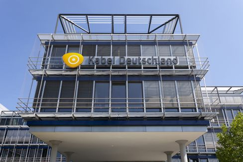 Vodafone Is Said to Put Approach for Kabel Deutschland on Hold