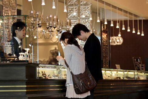 Japan Considers Deficit Cuts as Sales-Tax Debate Intensifies