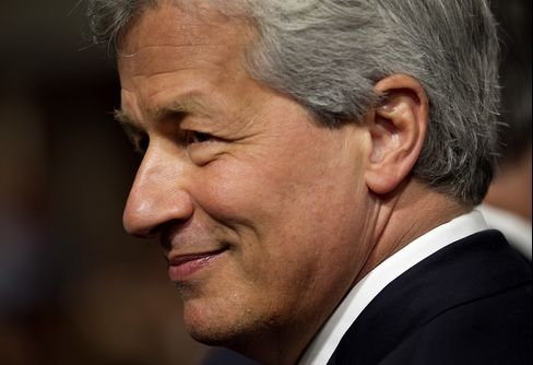 Dimon's Pay Shouldn't Be Cut Over London Whale, Harrison Says