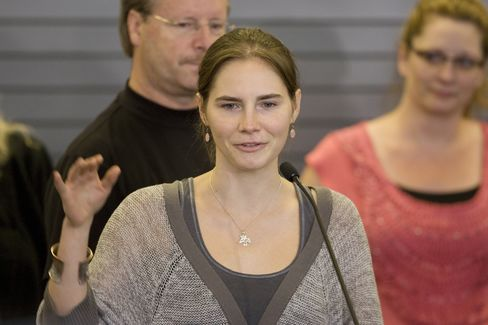 Italian Retrial of Amanda Knox Seen Unlikely to Spur Extradition