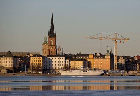 Banking Risks Spur Talk of 20% Buffers in Sweden