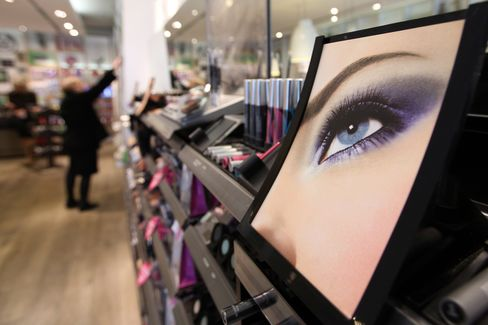 L'Oreal Gains Most in 18 Months on 2012 Optimism
