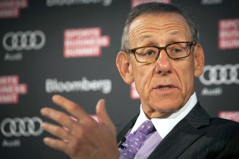 Stephen M. Ross, founder, chairman, CEO of Related Cos., chairman and managing general partner of the Miami Dolphins and Sun Life Stadium, speaks at the Bloomberg Sports Business Summit in New York, Sept. 10, 2013. Photographer: Michael Nagle/Bloomberg