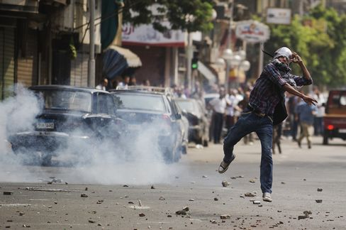 Egypt Police Raid Islamist Camps, Dozens Are Reported Dead