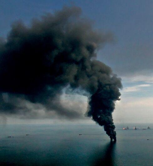 Wildcat Culture Risks Macondo Oil Spill Repeat, Graham Says