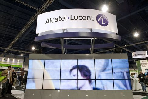 Alcatel, Siemens Said to Weigh IPOs