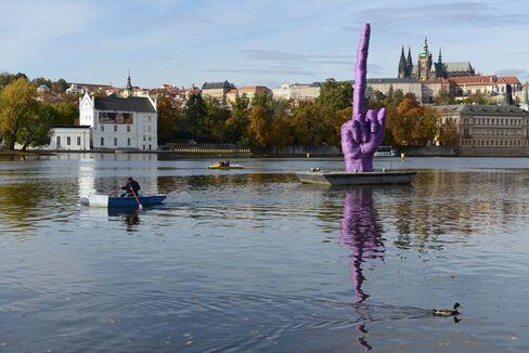 Giant Purple Hand Sculpture by Czech Artist David Cerny