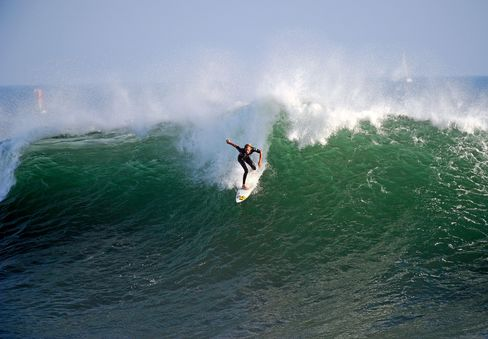 Killer Waves on California Coast Claim 5 Lives Without Warning