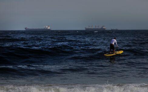 Brazil Anticipates Chevron Bid at Auction After Oil Spill