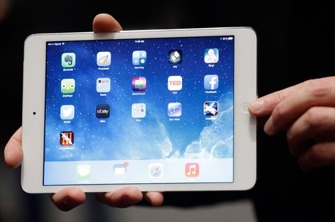 Apple Starts Shipping IPad Mini With High-Definition Display