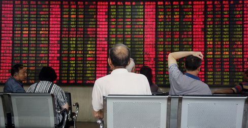 China Stocks Rise Most in 2 Weeks as Li Report Spurs Growth Bets