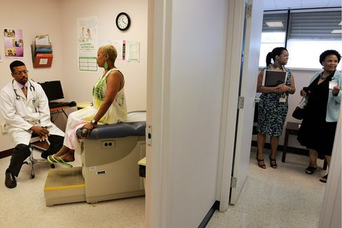 Recession, Not Obamacare, Cited for Cost Curbs in Actuary Study