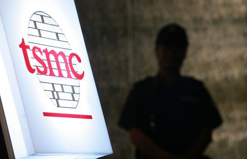 TSMC Rises to Record on UMC Chip Technology Delay