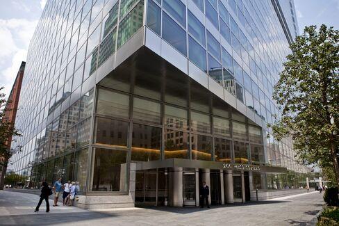 Goldman Cutting Pay Still Tops JPMorgan