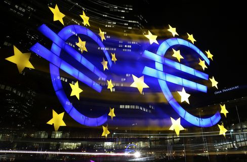 EU Cuts 2013 Growth Outlook as Crisis Weighs on Germany