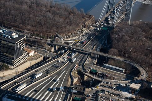The New Jersey side of the George Washington Bridge is seen in Fort Lee, New Jersey. Freedom of movement is central to the economy and politics of New Jersey, the most densely populated U.S. state with 8.9 million people. Photographer: Andrew Burton/Getty Images