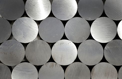 Aluminum Over Copper for Cables Helps Rusal, Alcoa