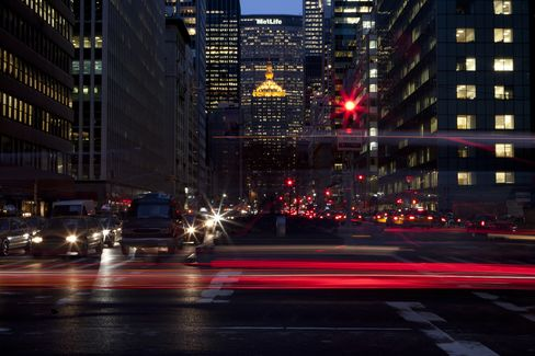 MetLife Says Regulation Main Challenge to 2016 Profit Goal