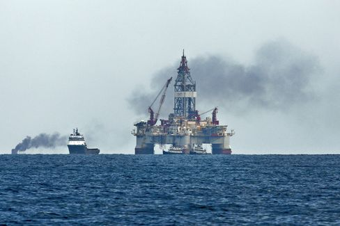 """BP is in """"advanced discussions"""" with the Department of Justice and the Securities and Exchange Commission. Photographer: Derick E. Hingle/Bloomberg"""
