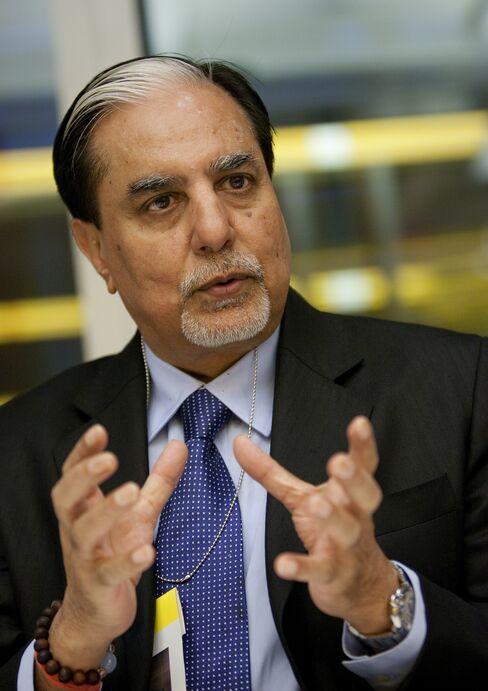 Billionaire Chandra Said to Seek $500 Million