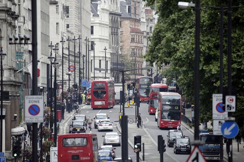 Traffic Moves Along Picadilly, London