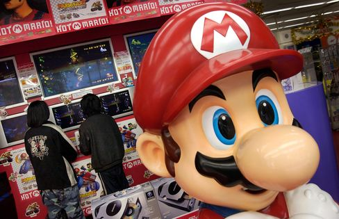 Mario Pressured to Jump to IPhone as Nintendo Wii, 3DS Slump