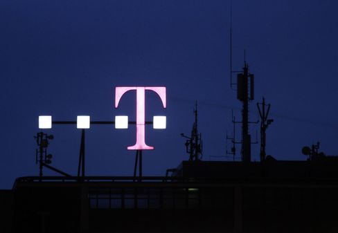 Crown Castle in $2.4 Billion Deal for T-Mobile USA Towers
