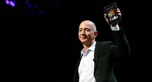 Amazon's Bezos Adds Fire With $199 Kindle