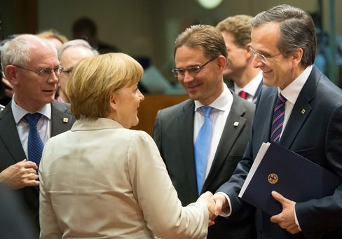 EU Leaders Set to Slow Support for Ailing Banks in Crisis Plan