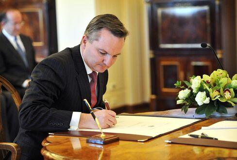 Australia's Treasurer Chris Bowen
