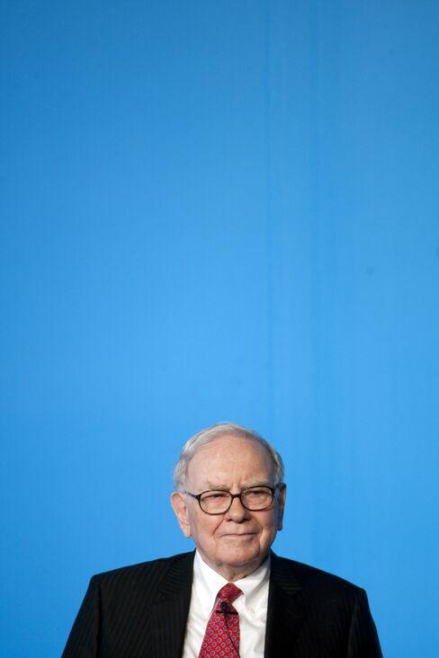 Buffett Urges U.S. to Raise Taxes on 'Coddled' Billionaires