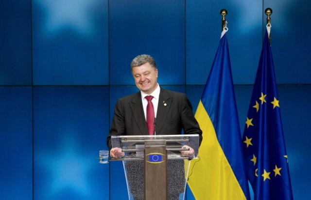 President Petro Poroshenko may be abandoning Ukraine's role as a bridge between Europe and Russia.