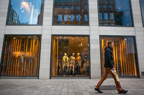Esprit Forecasts Return to Profit After Cost Cuts